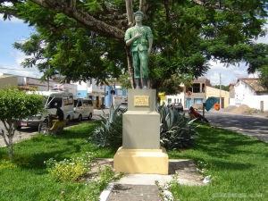 005 - Monumento a Antônio Souza