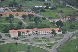 Vista_aérea_do_prédio_da_Reitoria_da_UFRB_-_Cruz_das_Almas